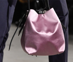 Satin_Bag_at_Cushnie_Et_Ochs