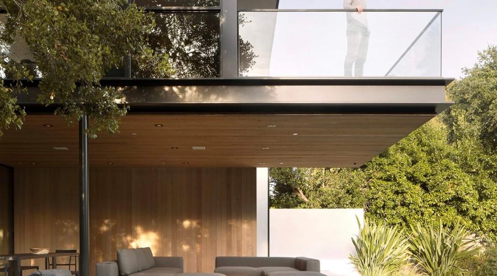 Brand Consultant And Interior Design